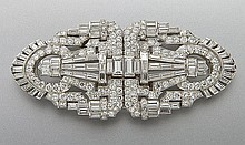 Art Deco platinum, 14K, diamond collar clip brooch