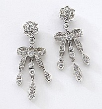 18K white gold diamond bow earrings