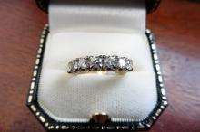 Pre-owned 18ct yellow gold 7 stone eternity style ring
