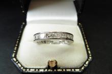 Pre-owned platinum diamond eternity style ring