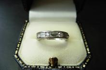 Pre-owned platinum diamond eternity style band