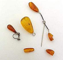 Amber jewellery including brooch, pendant etc