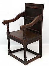 A 17thC oak Wainascott chair 4