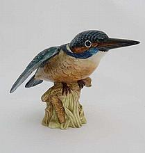 A Beswick model of a kingfisher in gloss. Model number 2371. 4 3/4'' high.