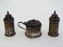 A 3 piece silver cruet set comprising pepperettes and mustard pot with blue glass lining. Hallmarked