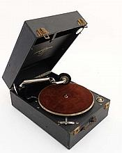 An early 20thC Portable Gramophone , the top under