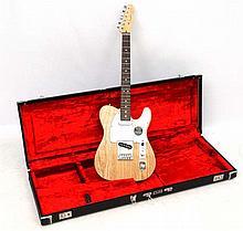 Musical Instruments : a Fender ' American Standard