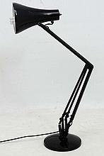 Vintage Retro : a British Anglepoise black Type 90 desk lam