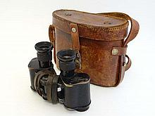WWI : a cased pair of British Army binoculars, stamped' Ait