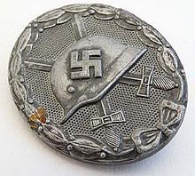 WWII : A Nazi second-class Wound Badge ( Verwundetenabzeich