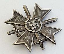 WWII : A Nazi first-class War Merit Cross ( Kriegsverdienst