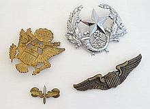 WWII : A collection of three USAF badges, comprising Office