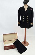 Militaria : A WWII Royal Navy Reserve Officer's double brea