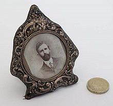 A silver photograph frame with easel back. Hallmarked Birmingham 1901 maker Synyer & Beddoes . To fit photo 13/4