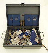 Coins : A quantity of assorted cupro-nickel crowns and othe