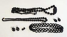 Whitby jet jewellery : various items of Whitby jet bead jew
