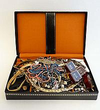 A quantity of assorted costume jewellery etc to include nec