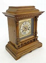 HAC Oak cased mantle clock: an 14 day Strike brass dial mantle clock with s