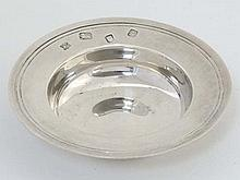 A silver miniature model of an Armada dish. Hallmarked London 1970 maker Jo