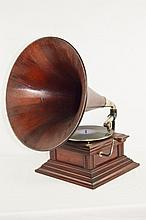 HMV Monarch Style Disc Tabletop Phonograph
