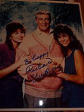 CAST OF EMPTY NEST SIGNED PHOTO