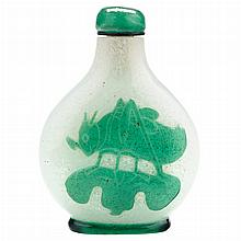 Chinese Green Overlay Glass Snuff Bottle