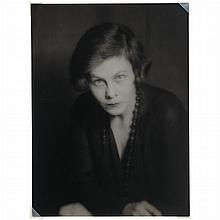 ABBOTT, BERENICE (1898-1991) [Portrait of woman, Paris, 1920].
