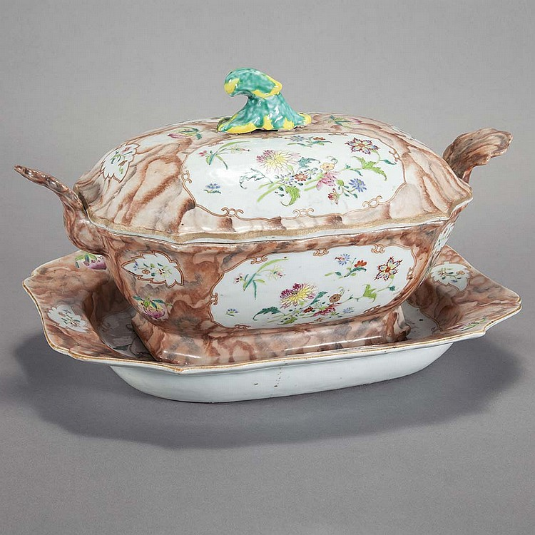 Chinese Export Famille Rose Porcelain Tureen on Stand