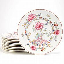 Set of Eleven English Porcelain Dinner Plates