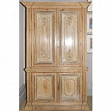 Continental Oak Linen Press