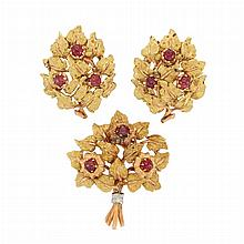 Pair of Gold and Cabochon Ruby Earclips and Clip, Mario Buccellati