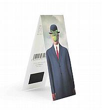25 Rene Magritte Le Fils de l'homme - L'Empire des lumieres Magnetic Bookmarks