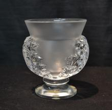 LALIQUE FROSTED & CLEAR VASE - 3 3/4