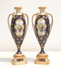 (Pr) ROYAL WORCESTER VASES WITH FRUIT MEDALLIONS