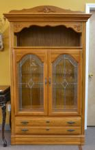 OAK BEVELED GLASS CHINA CABINET