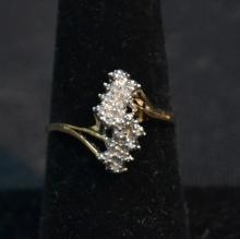1kt DIAMOND CLUSTER RING - SIZE 8
