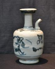 ANTIQUE CHINESE EWER - 5 1/2