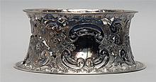 ENGLISH SILVER POTATO RING With pierced floral design. Diameter 7.6