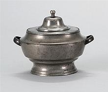 RARE ANTIQUE AMERICAN PEWTER COVERED SUGAR BOWL BY GEORGE RICHARDSON Jacobs mark #237. With two strap handles. Height 5
