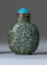 GREEN AND GRAY PUDDINGSTONE SNUFF BOTTLE In flattened ovoid form. Height 2.25