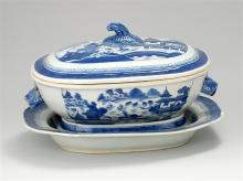 CHINESE EXPORT CANTON PORCELAIN COVERED SOUP TUREEN In a traditional blue and white pattern. Together with a matching undertray, 13....