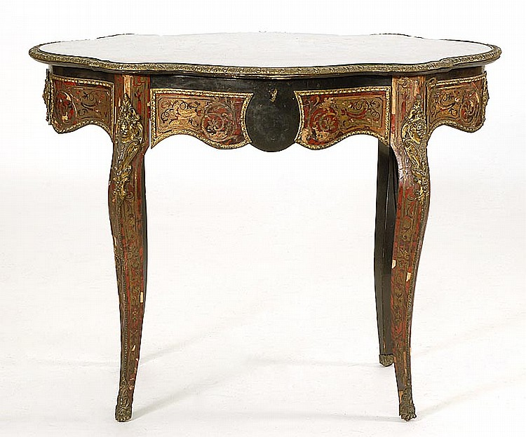 BOULLE TURTLE-TOP TABLE With ormolu mounts, single drawer on one side, and cabriole legs. Height 30½