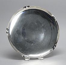 RICHARD DIMES COMPANY STERLING SILVER CIRCULAR TRAY With crimped edge design. Diameter 10.25