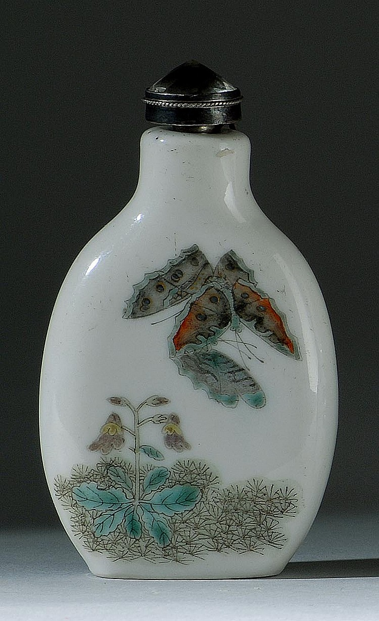 PORCELAIN SNUFF BOTTLE In spade shape with grasshopper and butterfly design. Height 2½