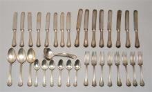 REED & BARTON STERLING SILVER PARTIAL FLATWARE SET In the