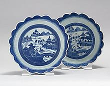 PAIR OF CHINESE EXPORT CANTON PORCELAIN BOWLS With petal edges and traditional blue and white scenic decoration. Height 3