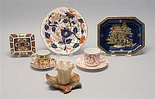 SIX PIECES OF EARLY 19TH TO 20TH CENTURY ENGLISH PORCELAIN. Three Royal Crown Derby