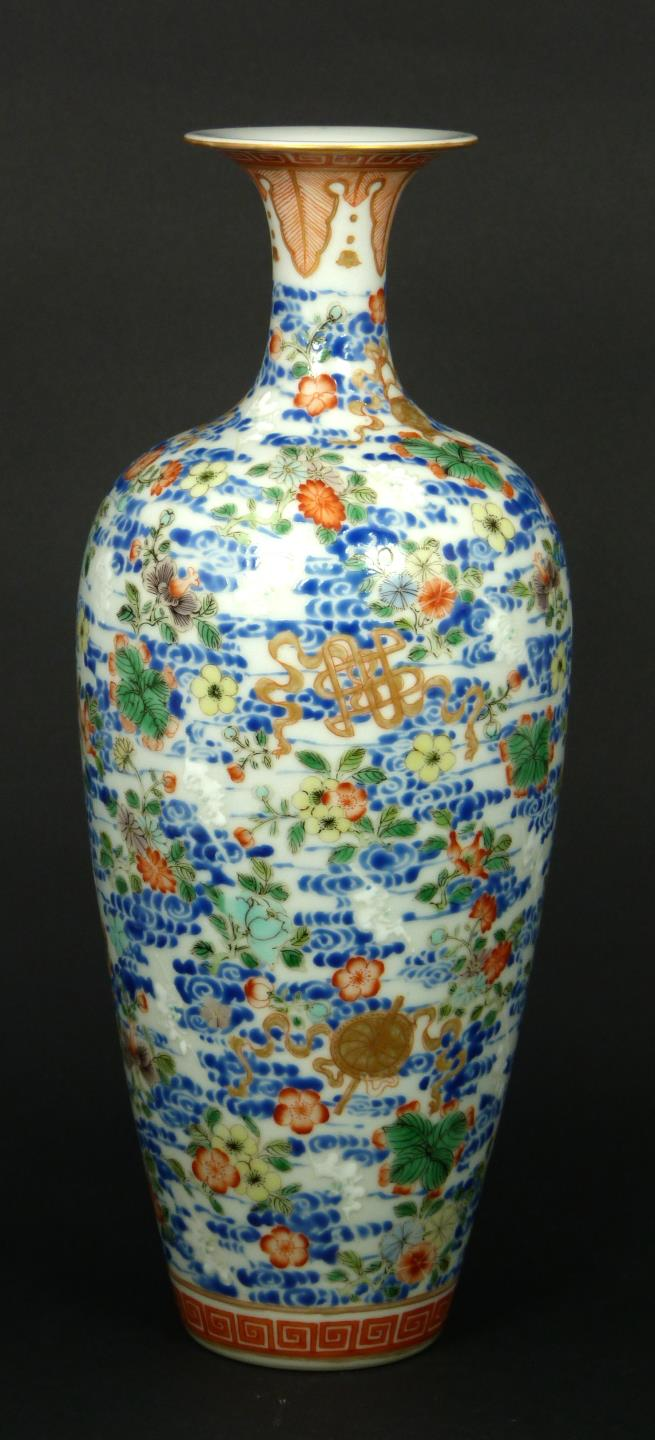 19th C. FAMILLE ROSE PORCELAIN VASE