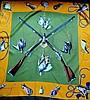 HERMES, paris - carré de soie de 90 x 90 cm, thème  tableau de chasse , fond jau