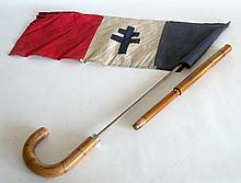 CANNE patriotique drapeau français à croix de Lorraine